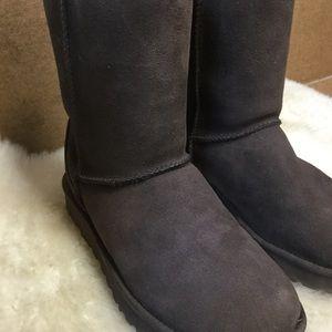 Ugg Classic Short II Winter Boots